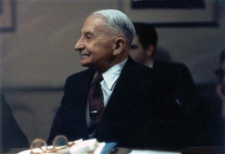 Mises-Gallatin-House-seminar-1960-D