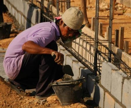 adia-2007-11-29-DSC-1290-thai-construction-worker