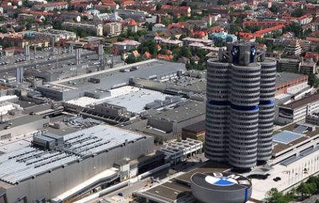 3326_ultimate-factories-bmw-1_04700300