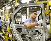 economia-montadora-renault-sao-jose-dos-pinhais-20120802-01-size-598
