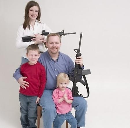 guns_family_portrait