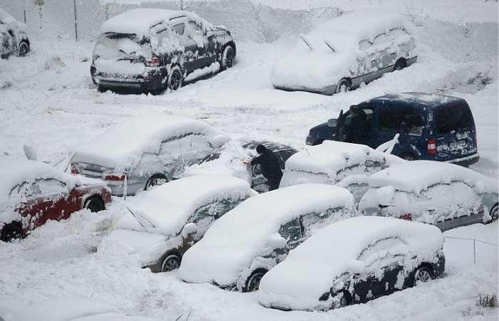 carros cobertos em Kiev